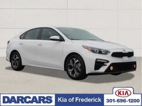 Pre-Owned 2019 Kia Forte LXS Front Wheel Drive Sedan 4 door